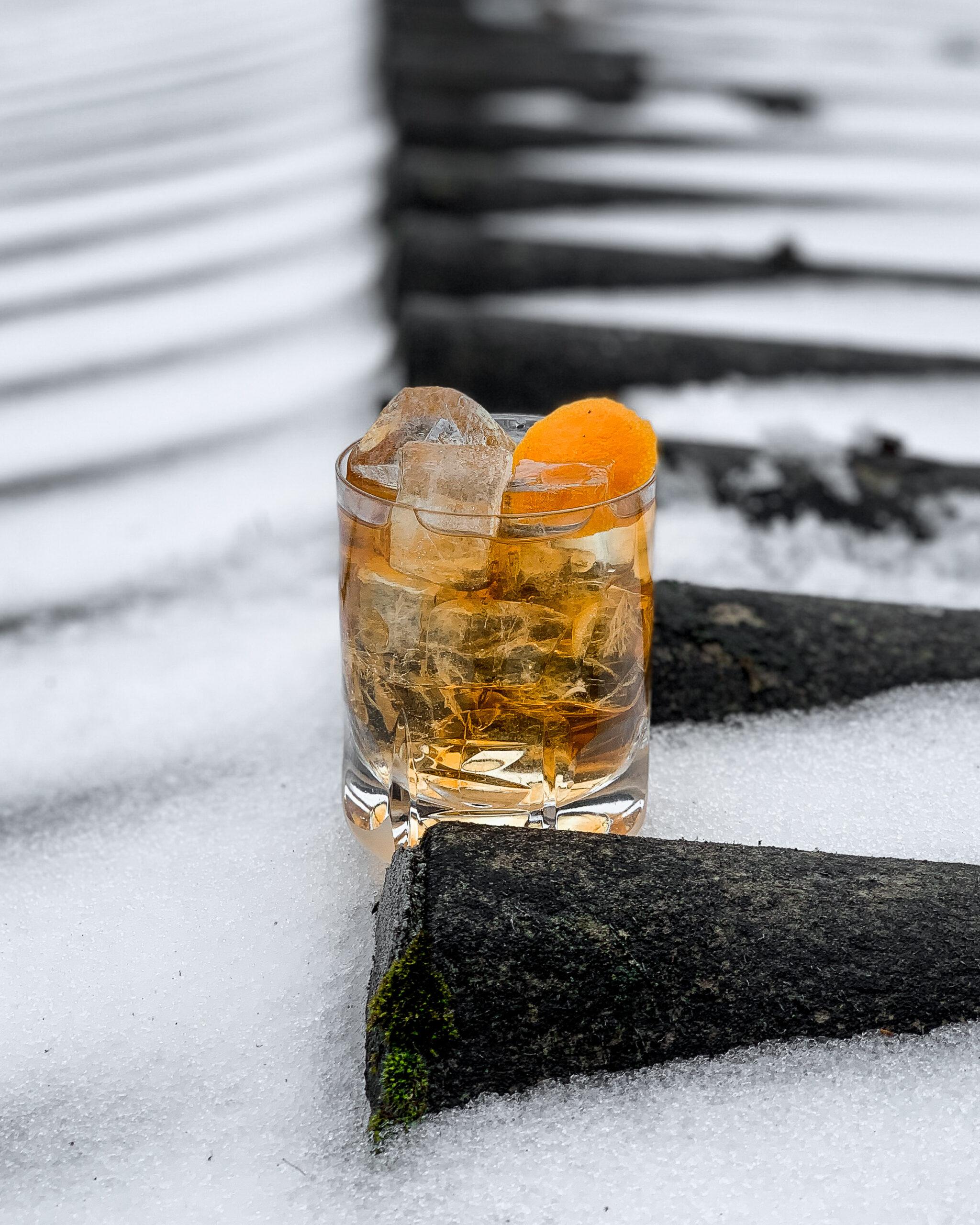 Dominik Gobec - Roi Bush w Winter Spell